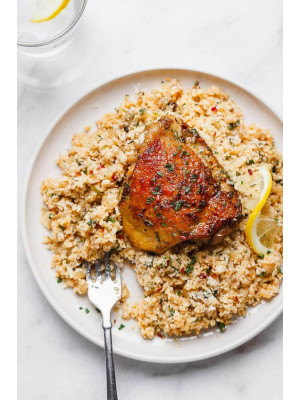 CAULIFLOWER RICE WITH HERB CHICKEN (NO CARB MEAL)